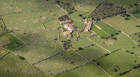 Wonderful rustic country house  in Menorca for sale with over 80 hectors of land - San Clemente