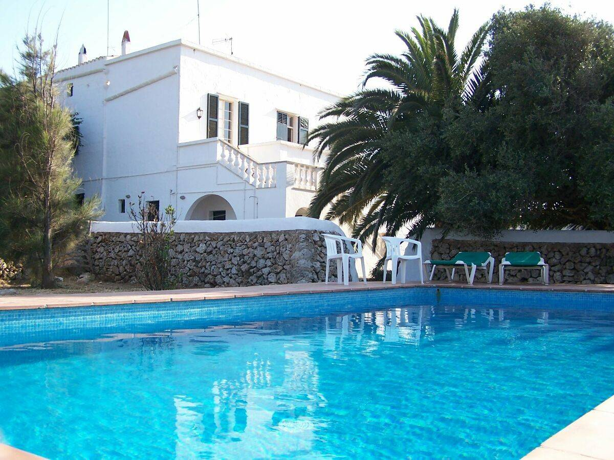 Luxurious house in Ciutadella for sale with living space of 450sqm