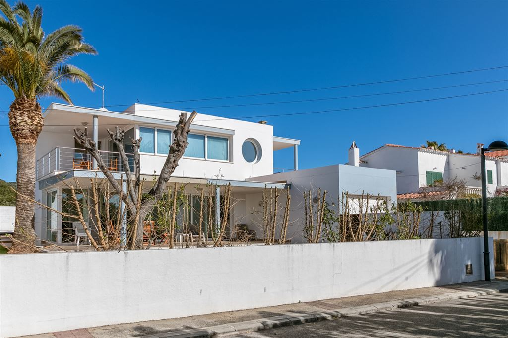 Villa in perfect position of Menorca for sale - in Ses Salines de Fornells