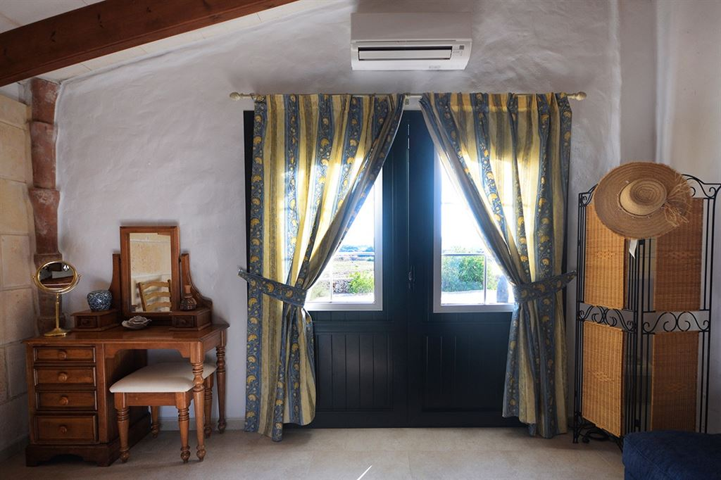 Antique Villa for sale with completely renovated in Menorca – Mahon