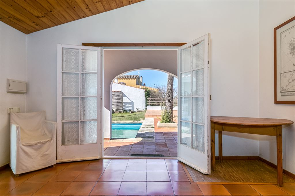 Exclusive country house for sale near to the center of Ciutadella