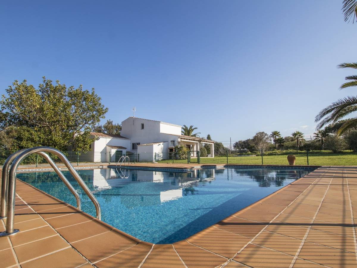 Charming two storey family house in Mahon with an impressive swimming pool