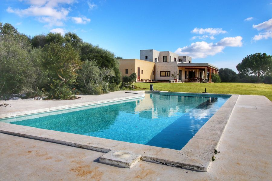 Wonderful house for sale in the famous village Binibeca Vell on Menorca