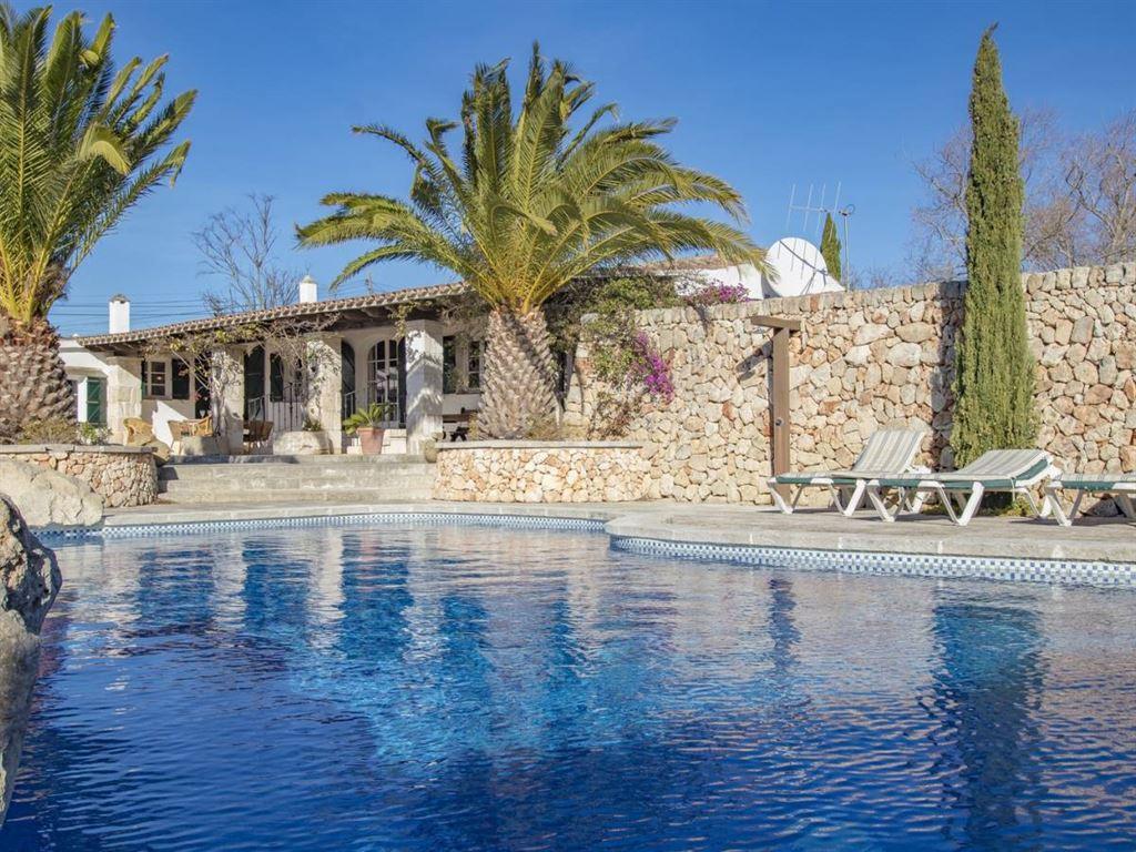 Amazing refurbished property in the countryside near Alayor Menorca