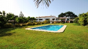 Comfortable modern villa for sale in rural area in Alaior