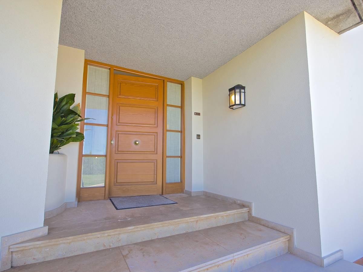 Beautiful villa for sale in countryside in Alayor