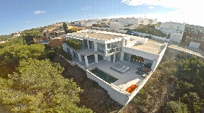 Fully functional stunning modern villa for sale  in Cala Llonga