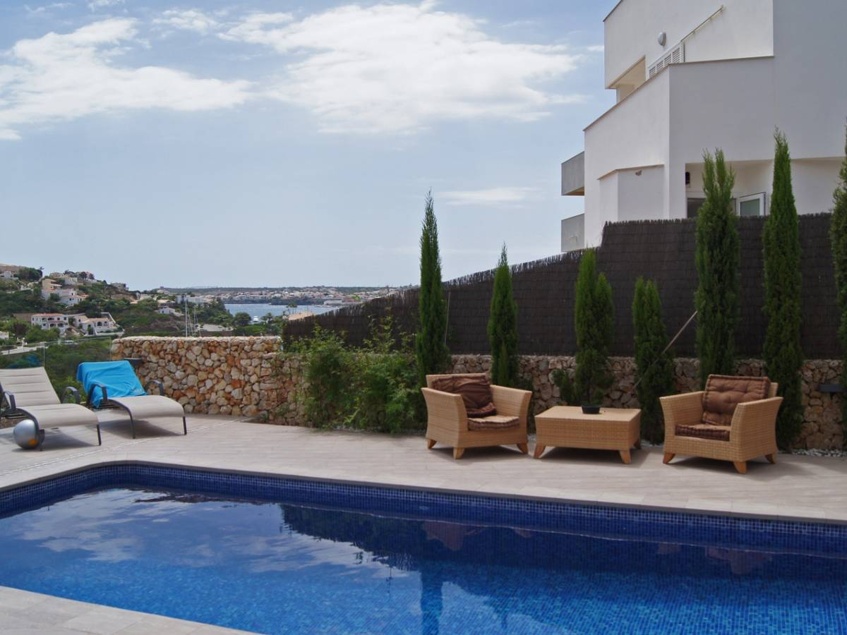 Luxurious villa with stunning views over the Mahon harbor
