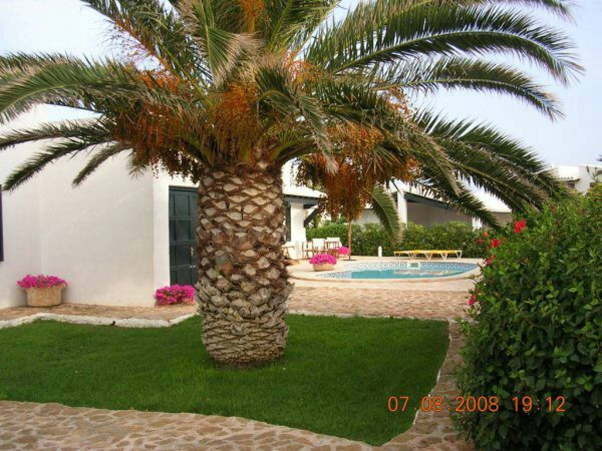 Villa on Menorca first line to the sea for sale