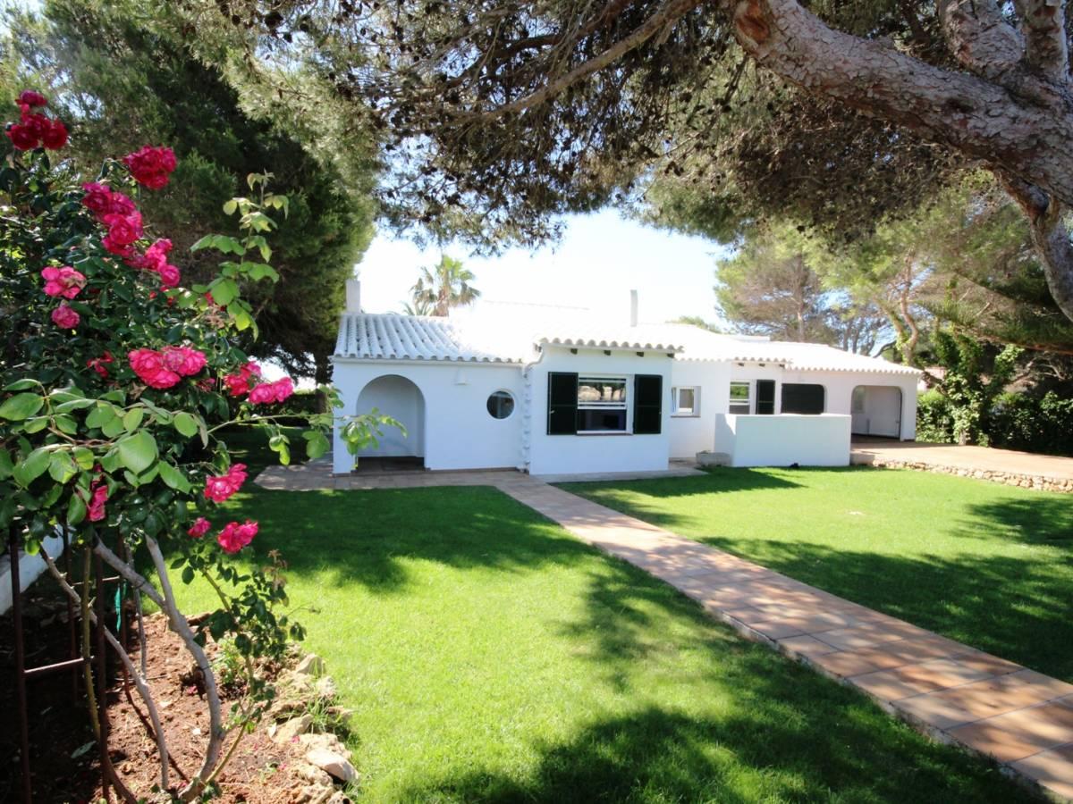 Mediterranean-style villa with wonderful views over the Mediterranean in Cap den Font- Menorca