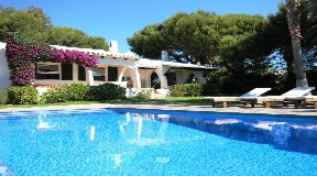 Mediterranean-style villa with wonderful views over the Mediterranean in Cap den Font- Menorca