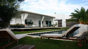 Modern villa with 238 in Menorca - Binibeca