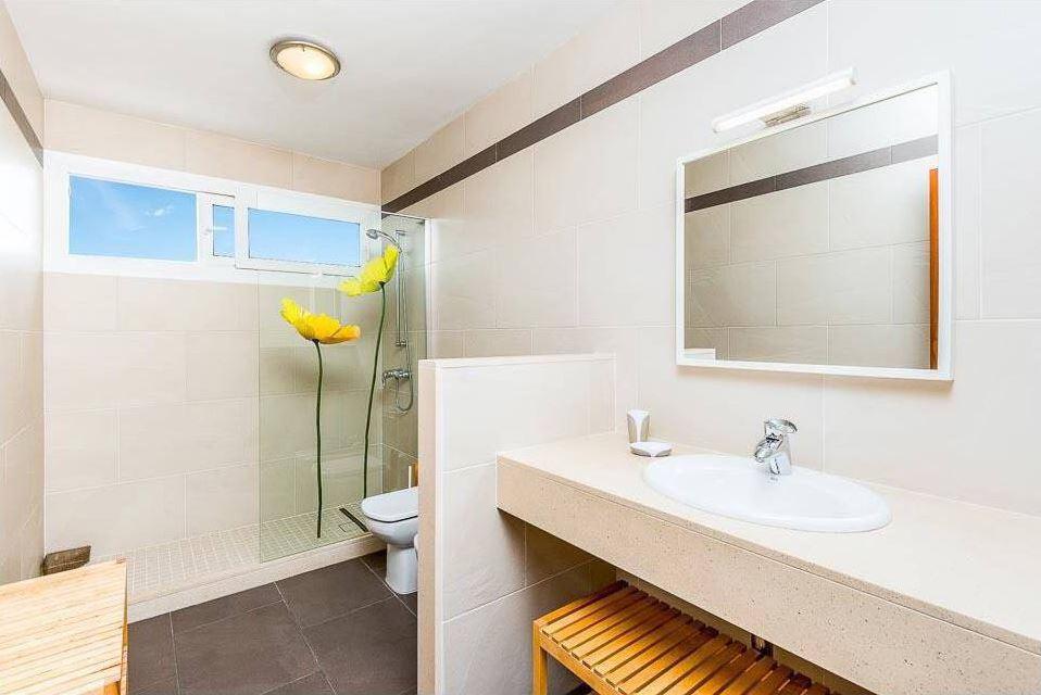 Modern villa with swimming pool on Menorca in Binidali for sale