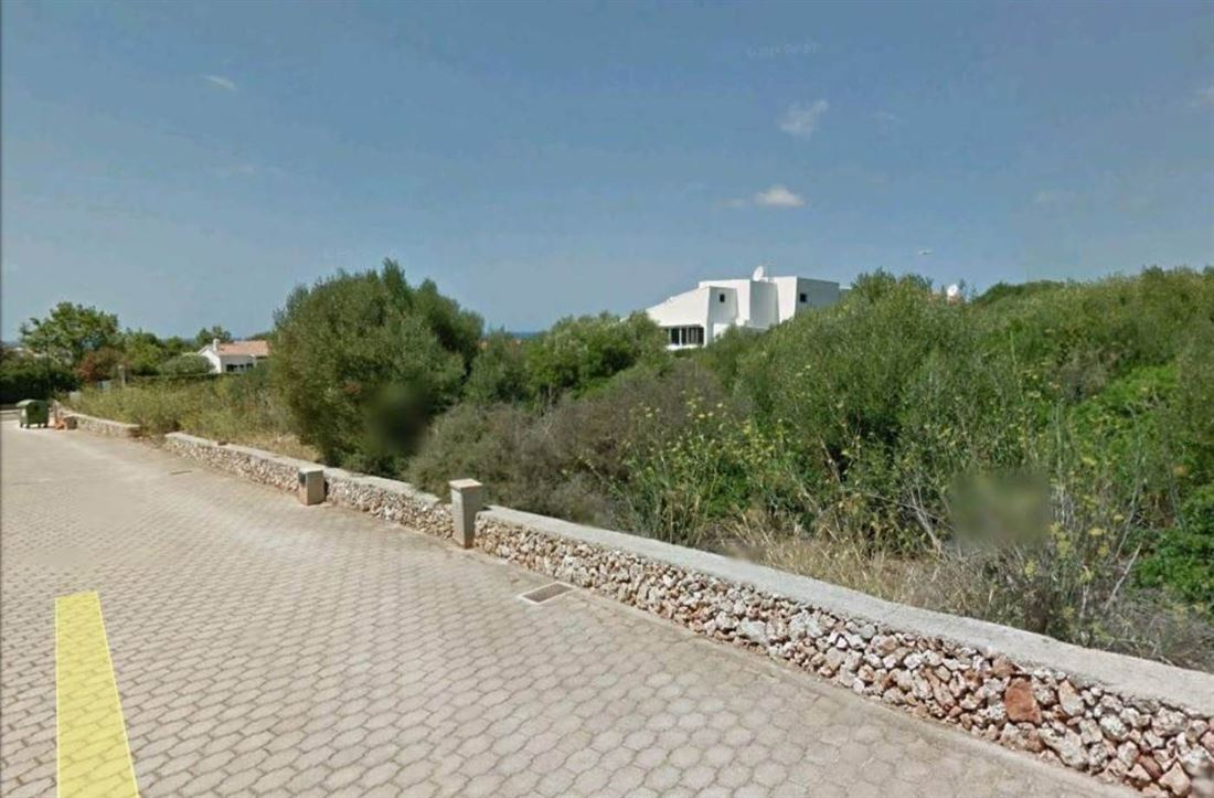 Villa with plot of 943 sqm with beautiful sea view