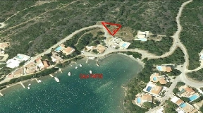 Building land in the region of San Antonio at the port of Mahon