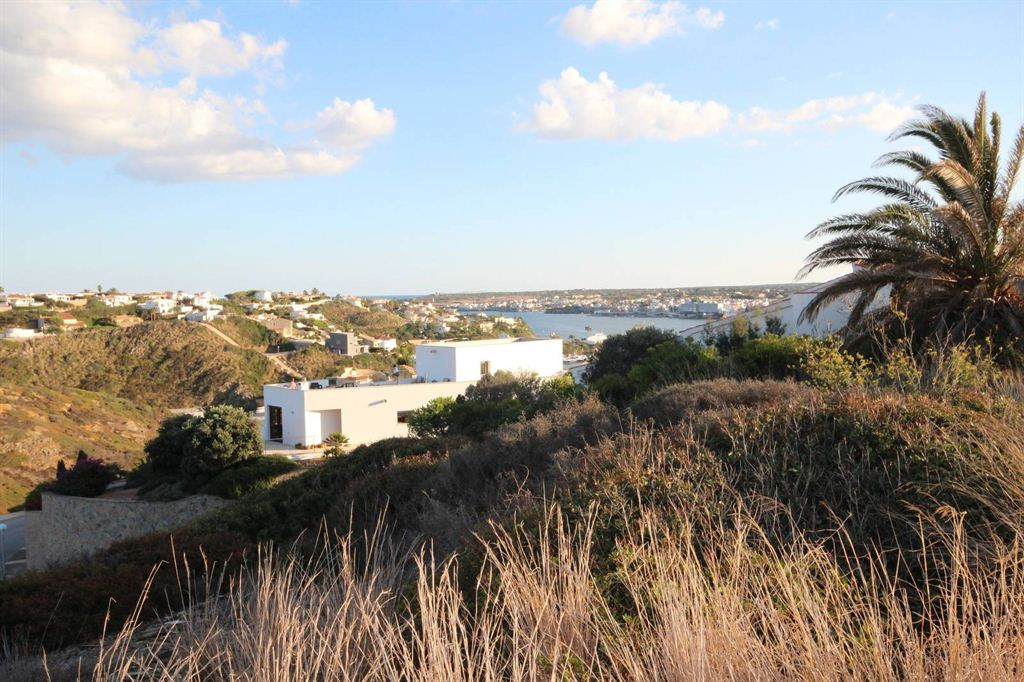 Grandiose building plot of 1.606 sqm in Mahon with wonderful panoramic views