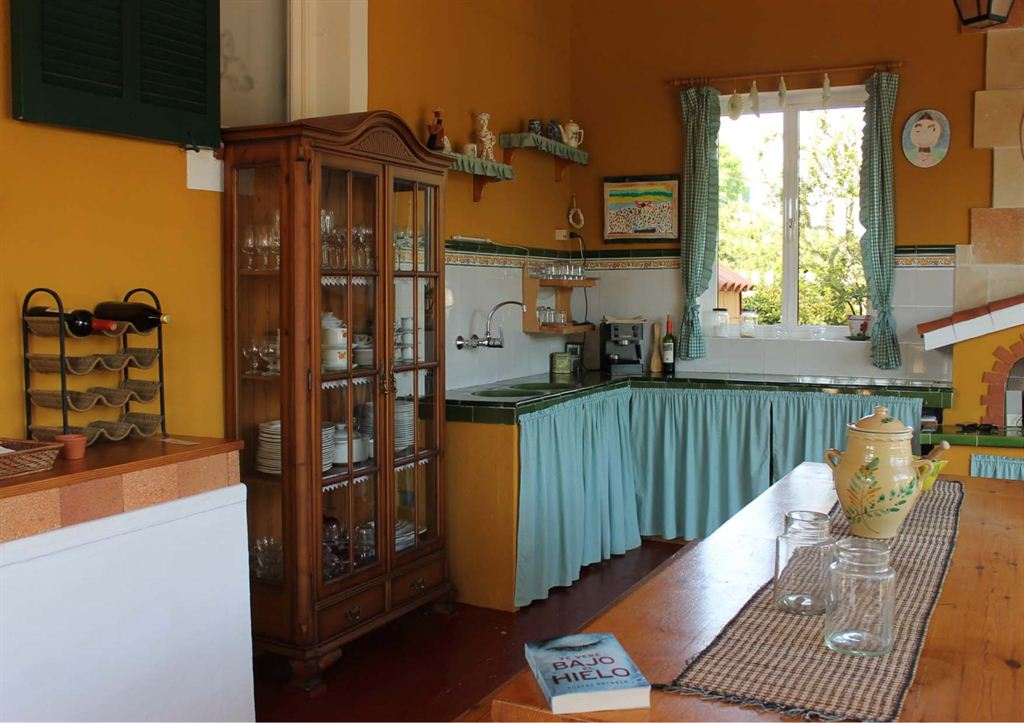 Nice detached house for sale in Cala Blanca