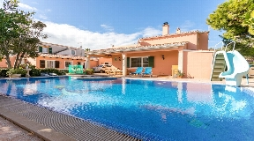 Amazing villa and with apartment in Horizonte