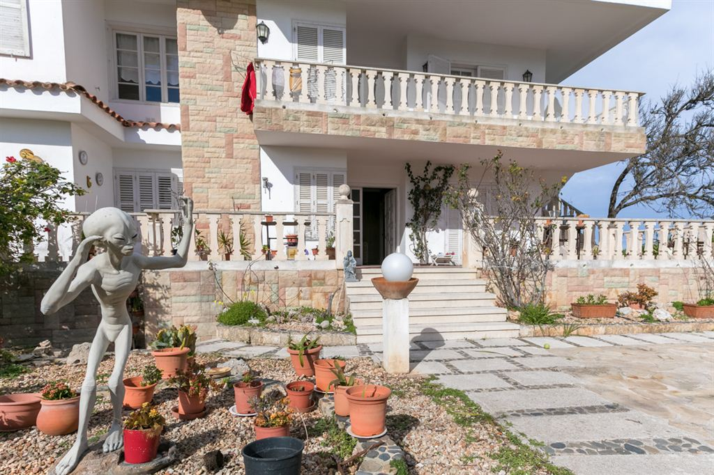 Fabulous huge sea front villa in Es Castell for sale