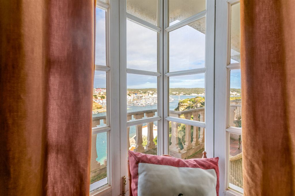 Fabulous huge sea front villa in Es Castell for sale