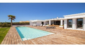 Natural villa with presentable sea views of Binidali, Mahon, Menorca for sale