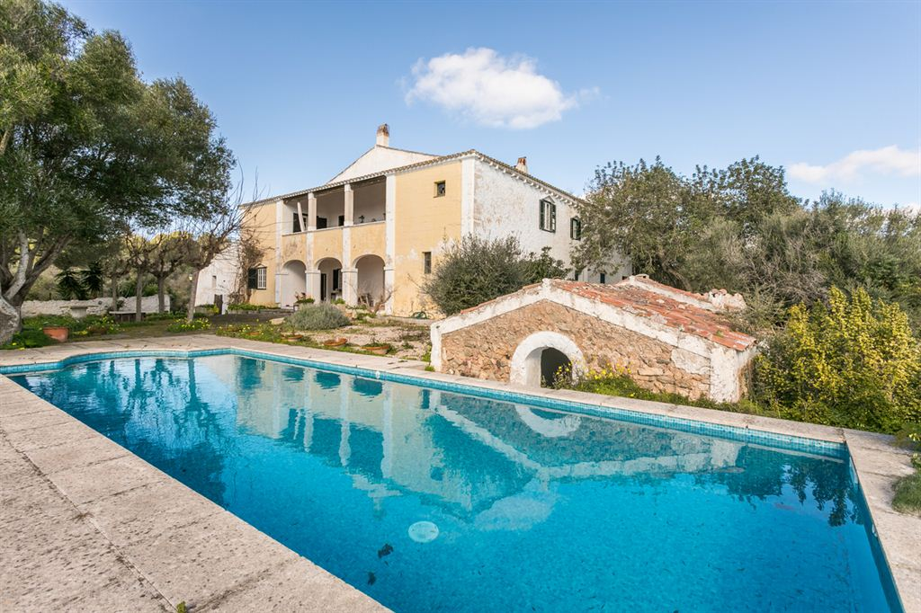 Amazing Manor villa built in 1789 in Mahon