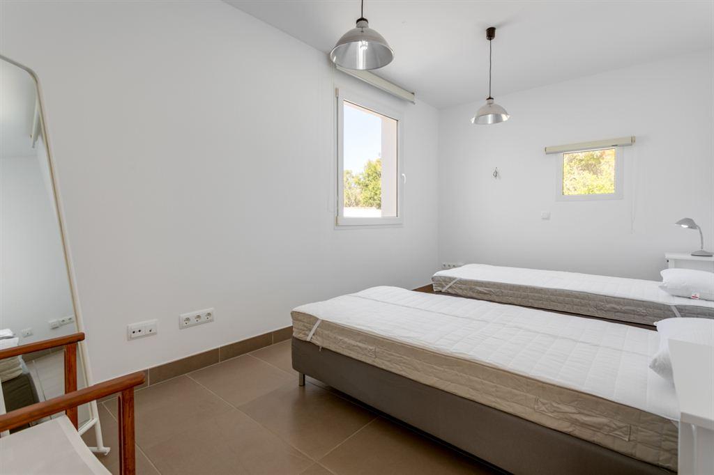 Nice trendy villa with tourist license in the area of Cala Santandria for sale