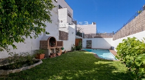 Completely renovated villa in Mahon for sale