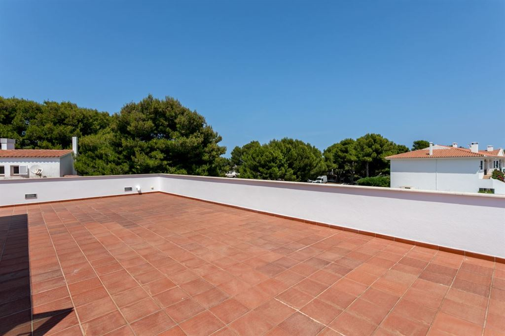 Unique house for sale with pool and tourist license in a quiet area in Addaia