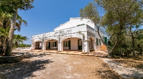 Dignified newly rebuilt finca for sale with pool in a privileged area of ​​Menorca