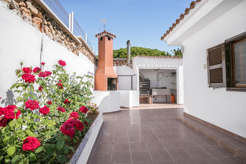 Magnificent villa with sea views in Son Ganxo for sale