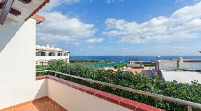 Wonderful villa on the second sea line of S'Algar for sale