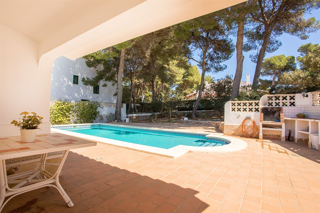 Charming villa with pool and tourist license next to the forest in Son Parc and 5 minutes from the beach